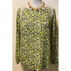 Lush Long Sleeved Top Curved Back Green Medium